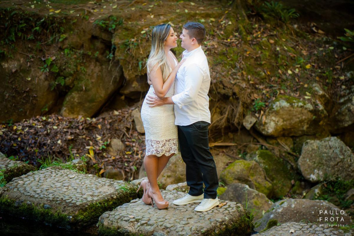 casamento em Friburgo, casal se olhando