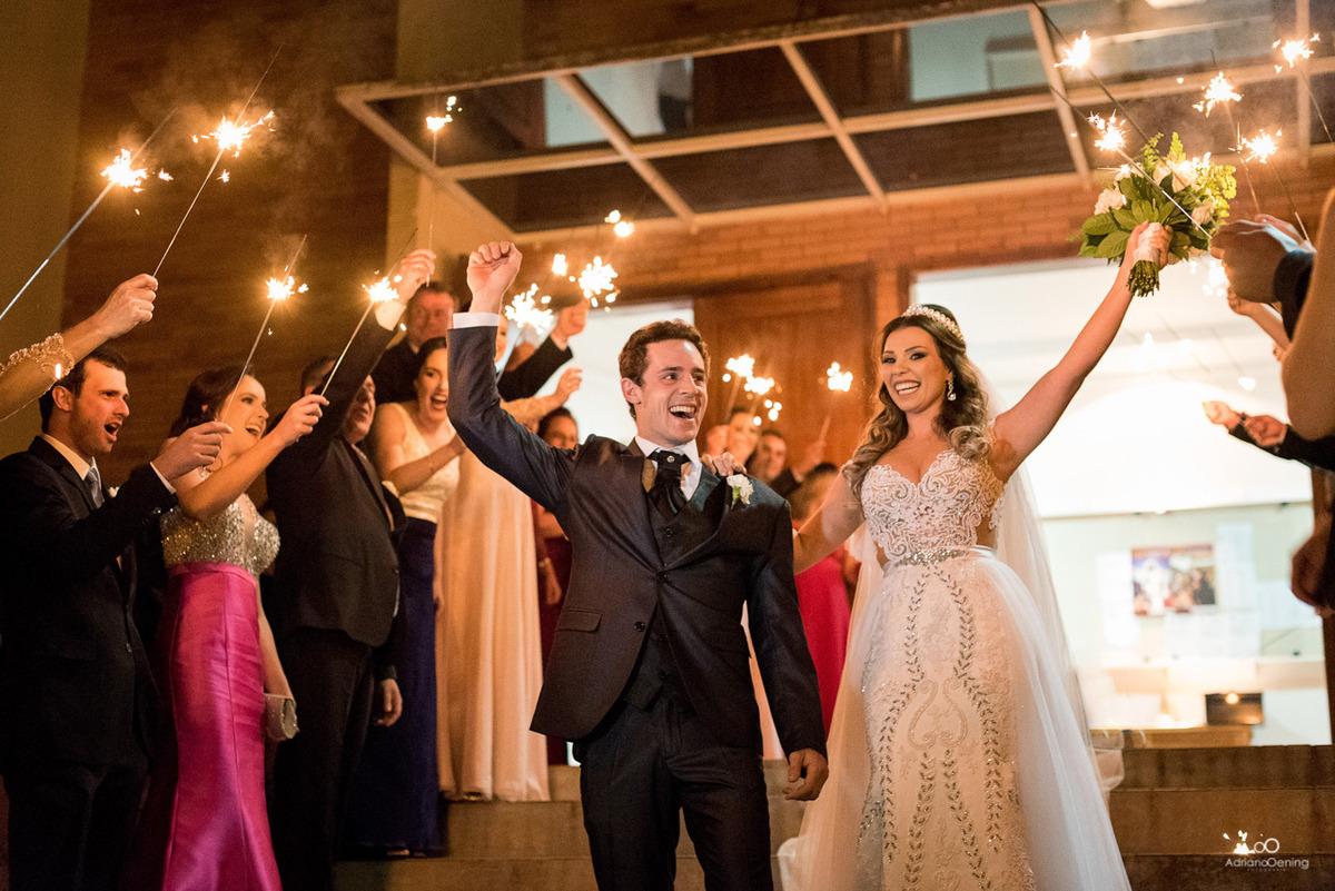 Imagem capa - Os melhores fotógrafos de casamento do Brasil por Adriano Oening