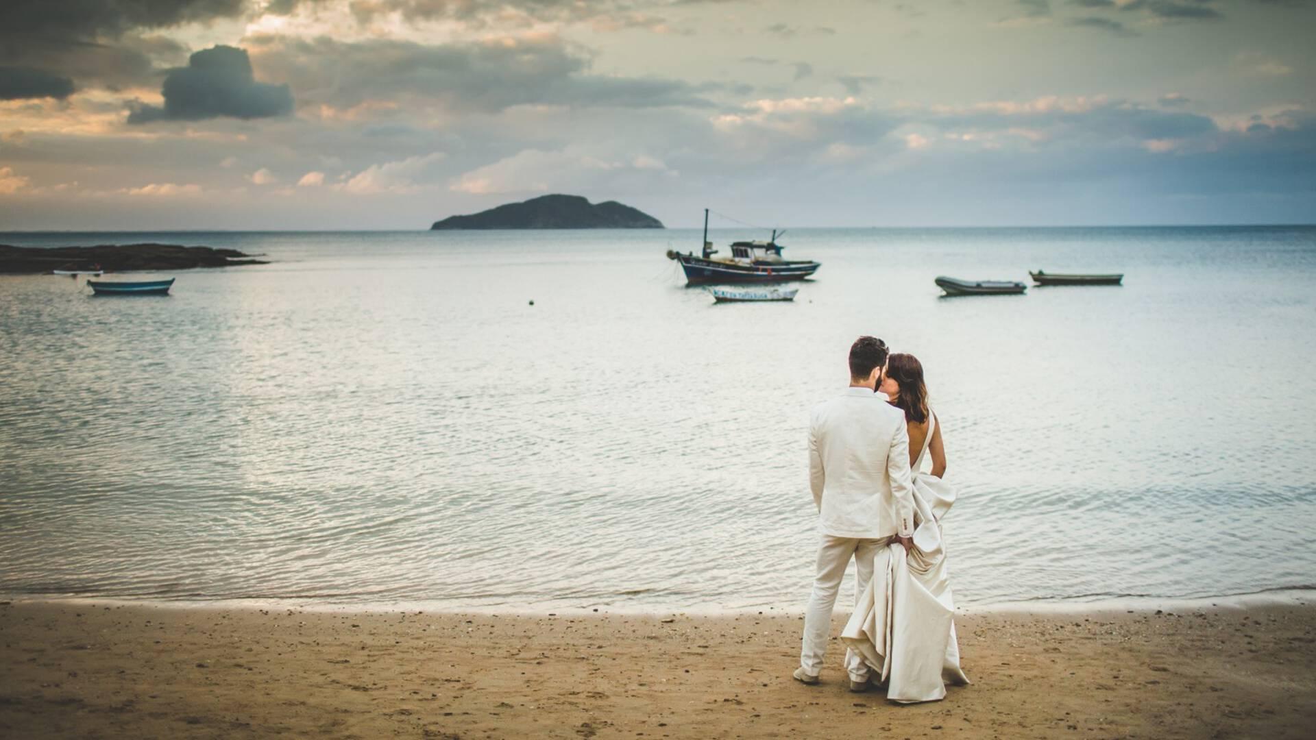 Casamento na Praia de J + M