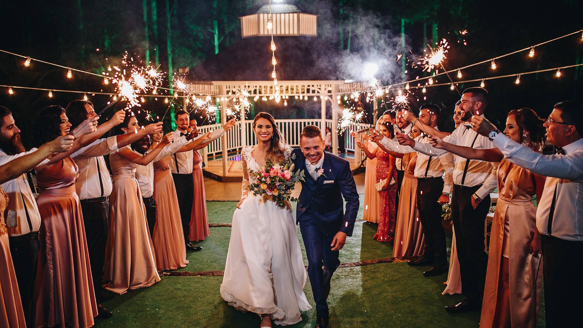 Casamento ao ar livre de Juju + Rafa