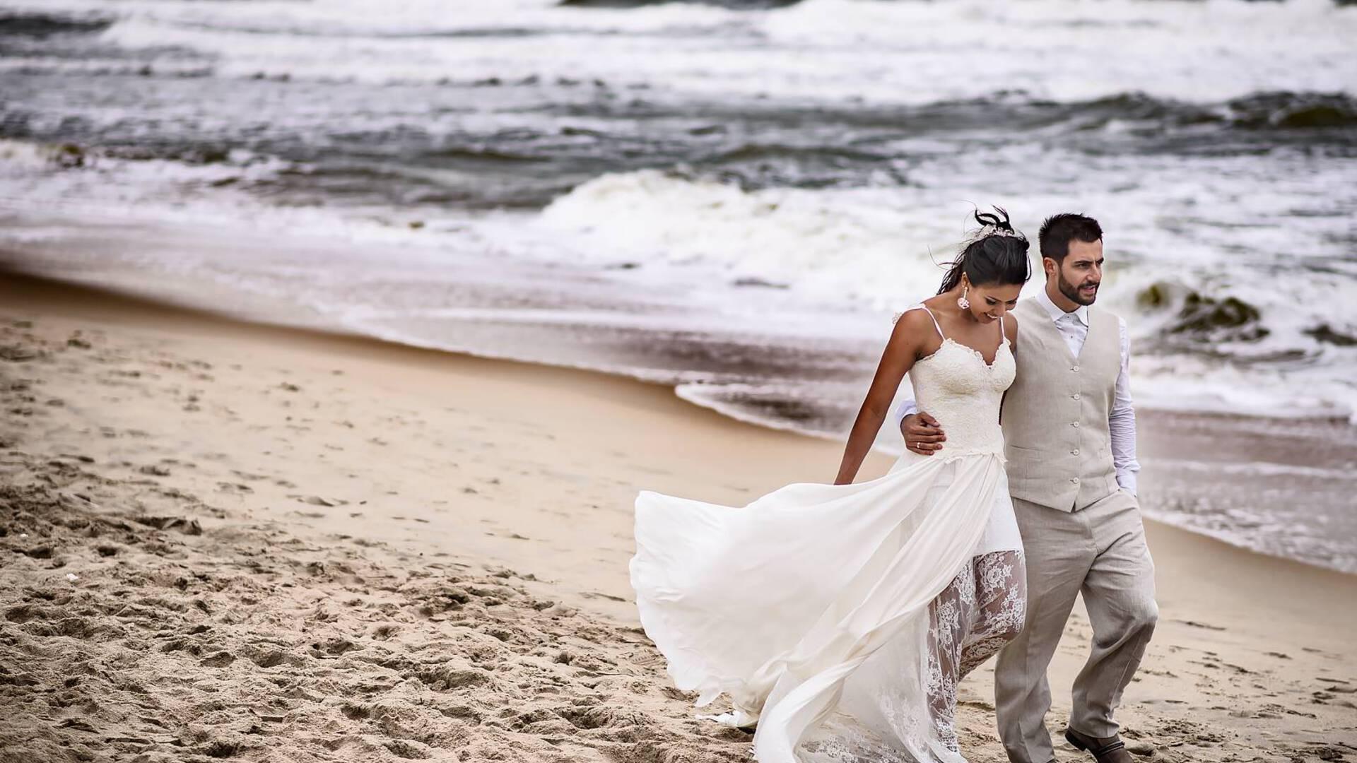 sobre casar na praia :) de Morena + Gelo