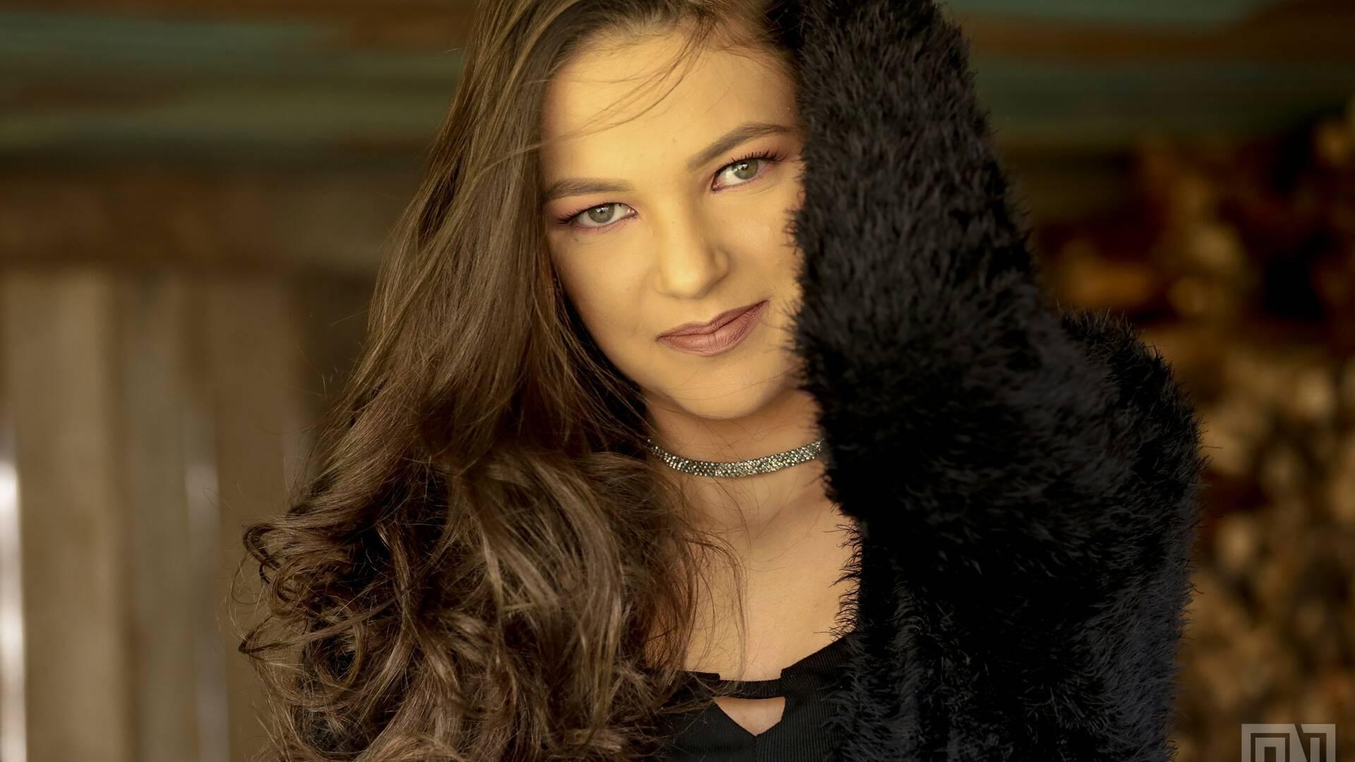 Sessão 15 Anos de Lara Zanella