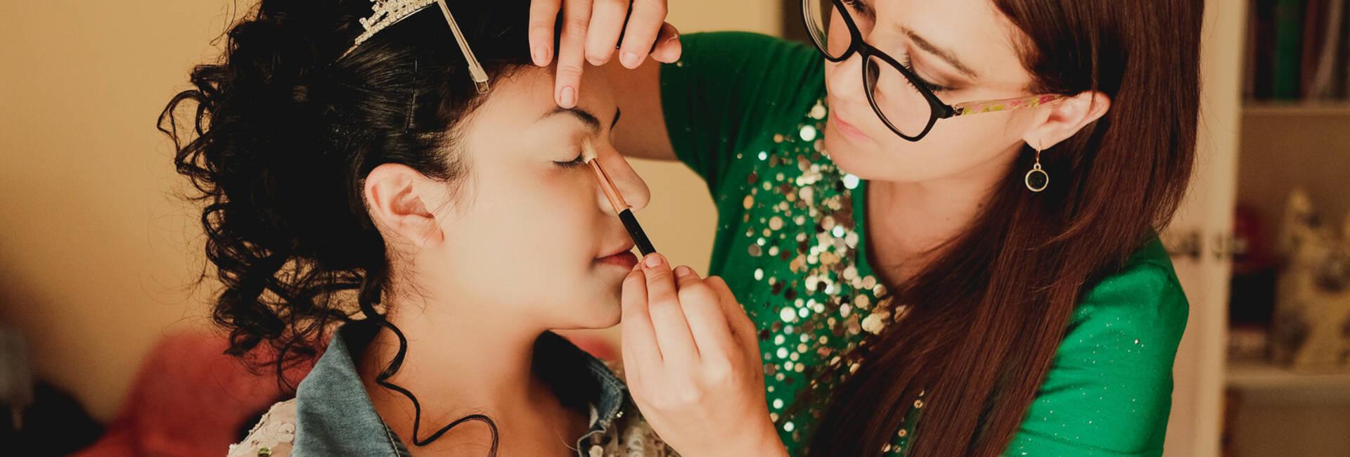 de Maquilladora de Bodas en Bolivia