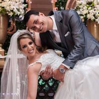 Clique aqui e veja o casamento deles!