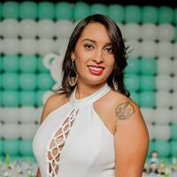Marcelle D Cruz