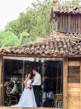 Casamentos de Casamento Clever Casado em Balsamo - SP