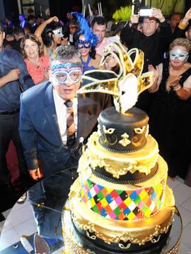 Aniversários de Elio Jr. 40 Anos em Feira de Santana - Ba - Olimpo