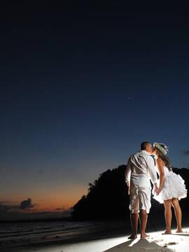 ensaio de noivos de Aryana e Junior em Santo Amaro - Bahia