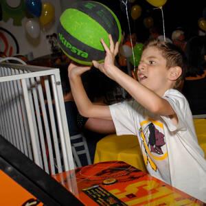 FESTA INFANTIL de Matheus 8 anos