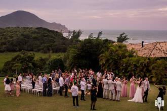 Casamento de CASAMENTO NA PRAIA DO ROSA | THAIS E MICHAEL
