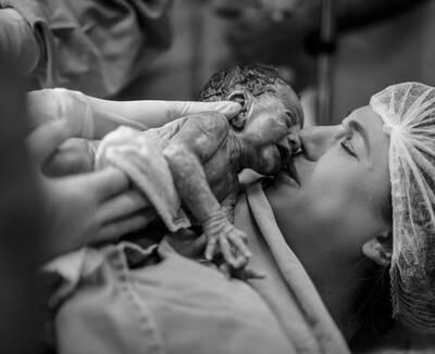 Nascimento Julia & Helena