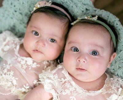 Helena & Alice 3 meses