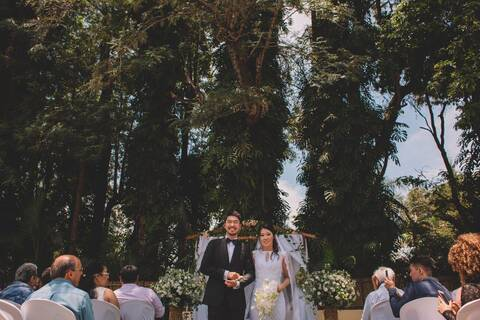 Casamento Intimista de Cinthya and Thierry