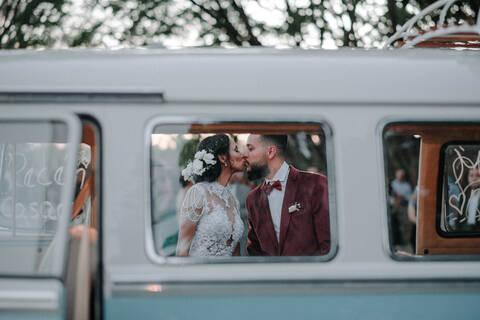 Casamento na Rua em Santa Luzia de Lud e Marcos