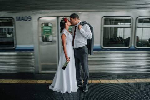 Pós Casamento no Metrô de BH de Gizelle e Daniel