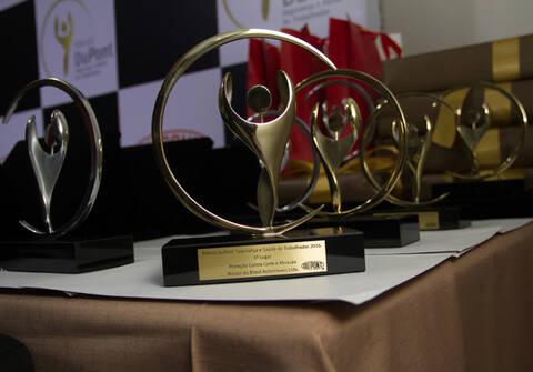 Corporativo de Prêmio Dupont - Segurança e Saúde do trabalhador. 2016