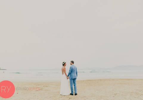 casamentos na praia de FERNANDA & MAX