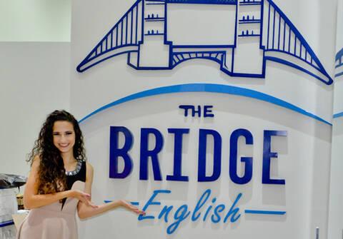 ENSAIO E EVENTOS de Inauguração da nova Escola de Inglês The Bridge English