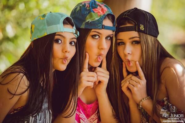 Fifteen Session de Sessão entre amigas Camila, Giovanna e Maria Eduarda