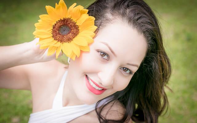 THAIS FERREIRA { Flowers } por LUCY LIMA