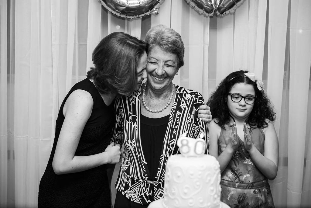 Maria José fetejada no parabéns de 80 anos no Salão Celebrai Recepções e Eventos