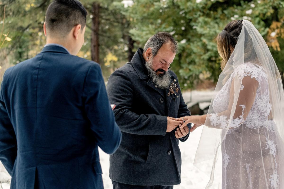 cerimônia de vestido de noiva casamento elopment wedding nos eua utah