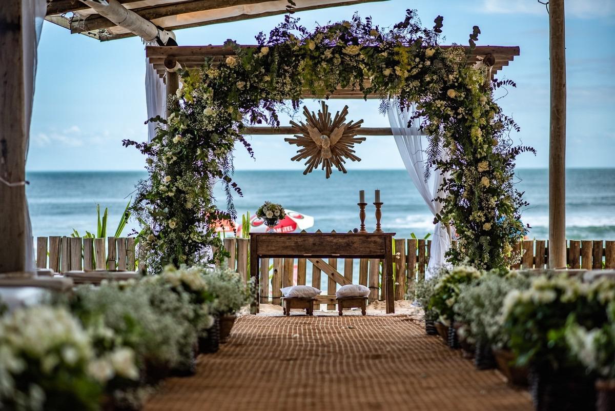 cerimônia de casamento na praia maresias sp