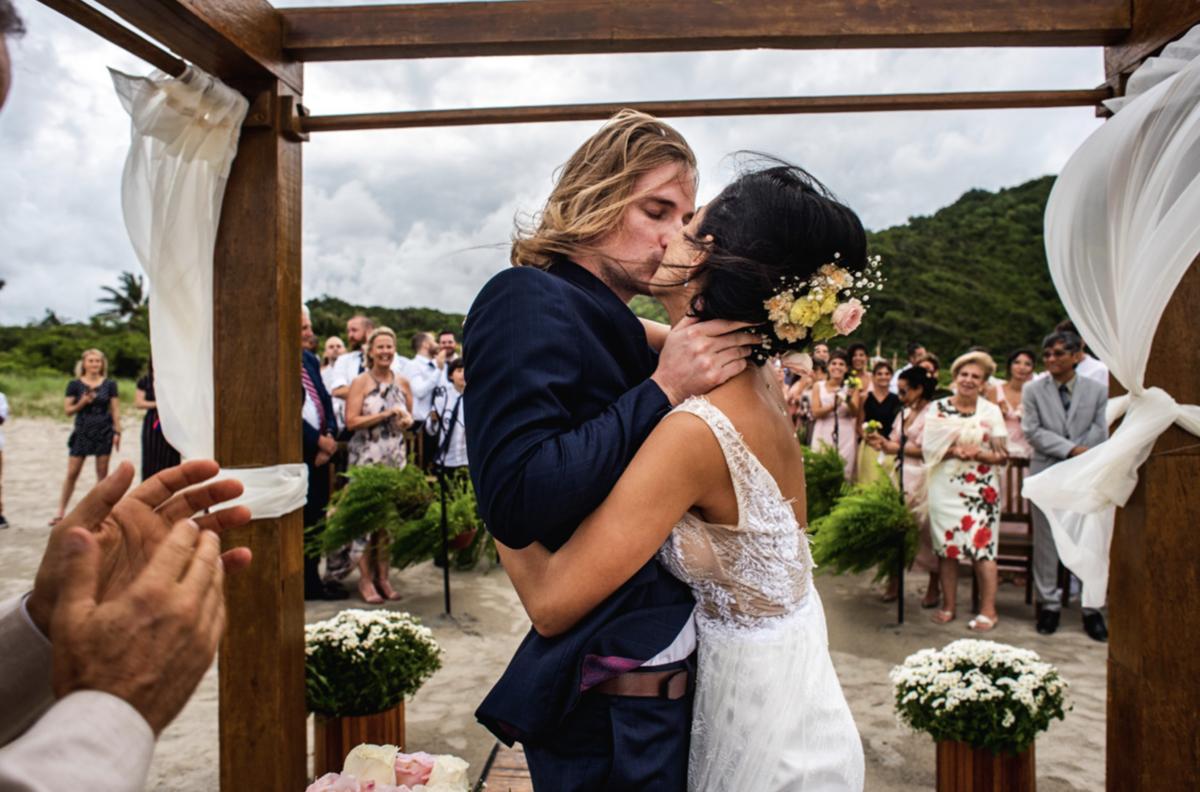 casamento ilha do mel casar na praia casamento pé na areia estrangeiros e brasileiros