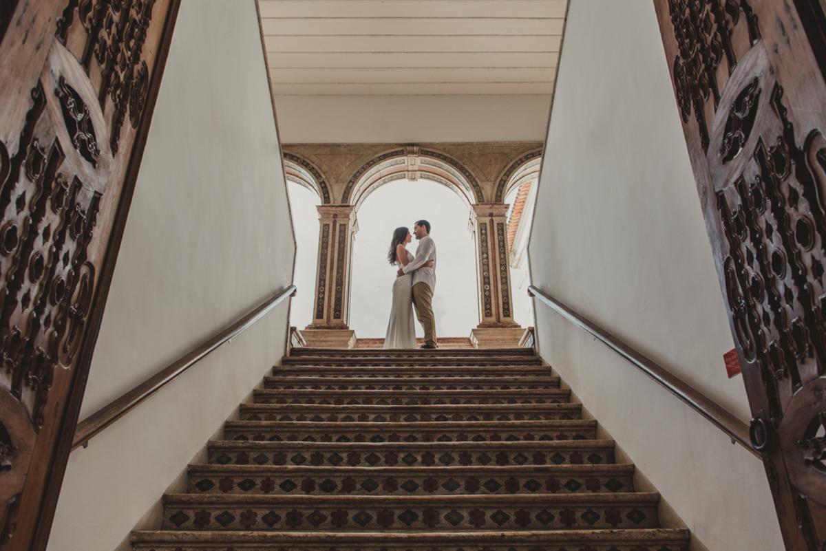 Ensaio de pre casamento com elopment wedding no pelourinho em salvador na Bahia