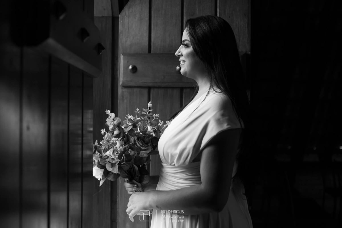 Renata no pré casamento no Chalé Pampulha