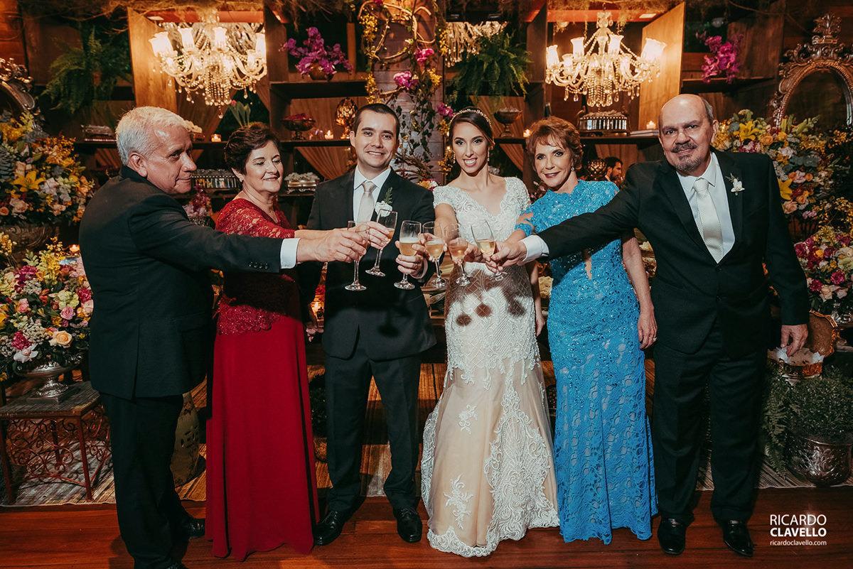 retrato de família dos pais fotografo de casamentos , fotografo juiz de fora , fotografo de casamento rj, fotógrafo de casamento niteroi