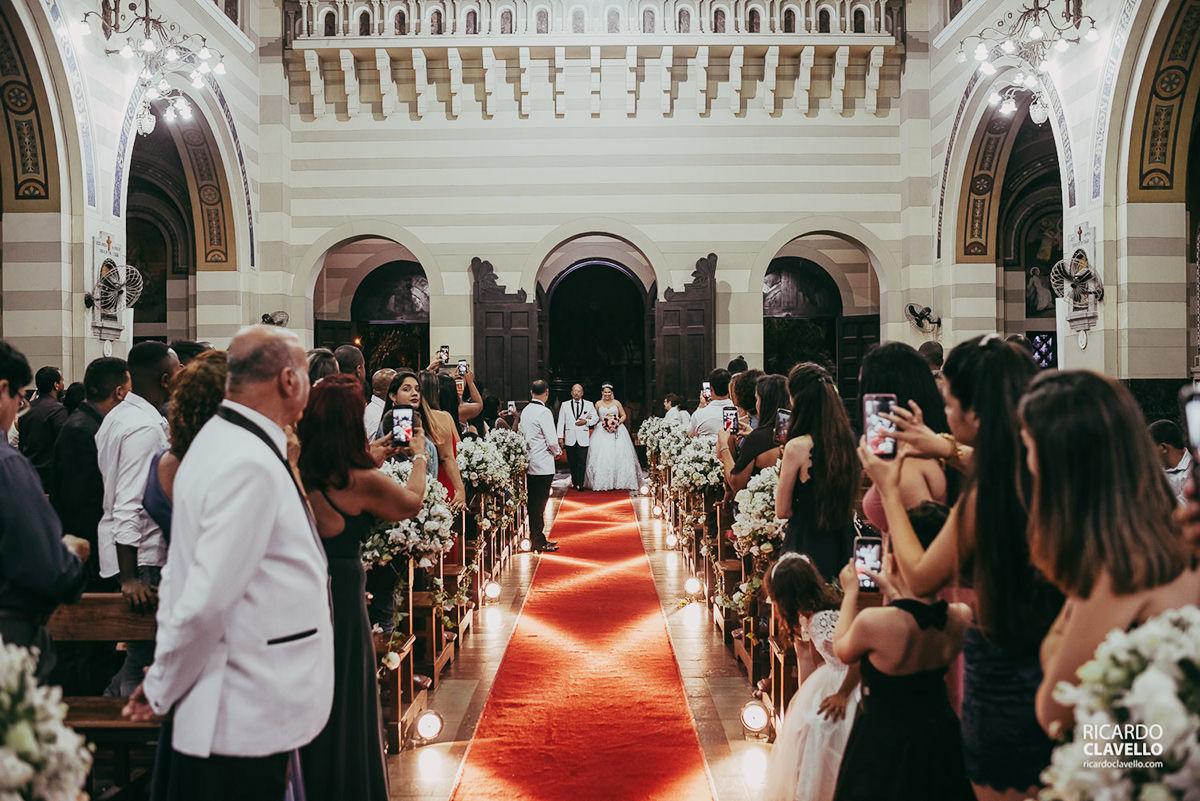 entrada da noiva fotografo de casamentos , fotografo juiz de fora , fotografo de casamento rj, fotógrafo de casamento niteroi
