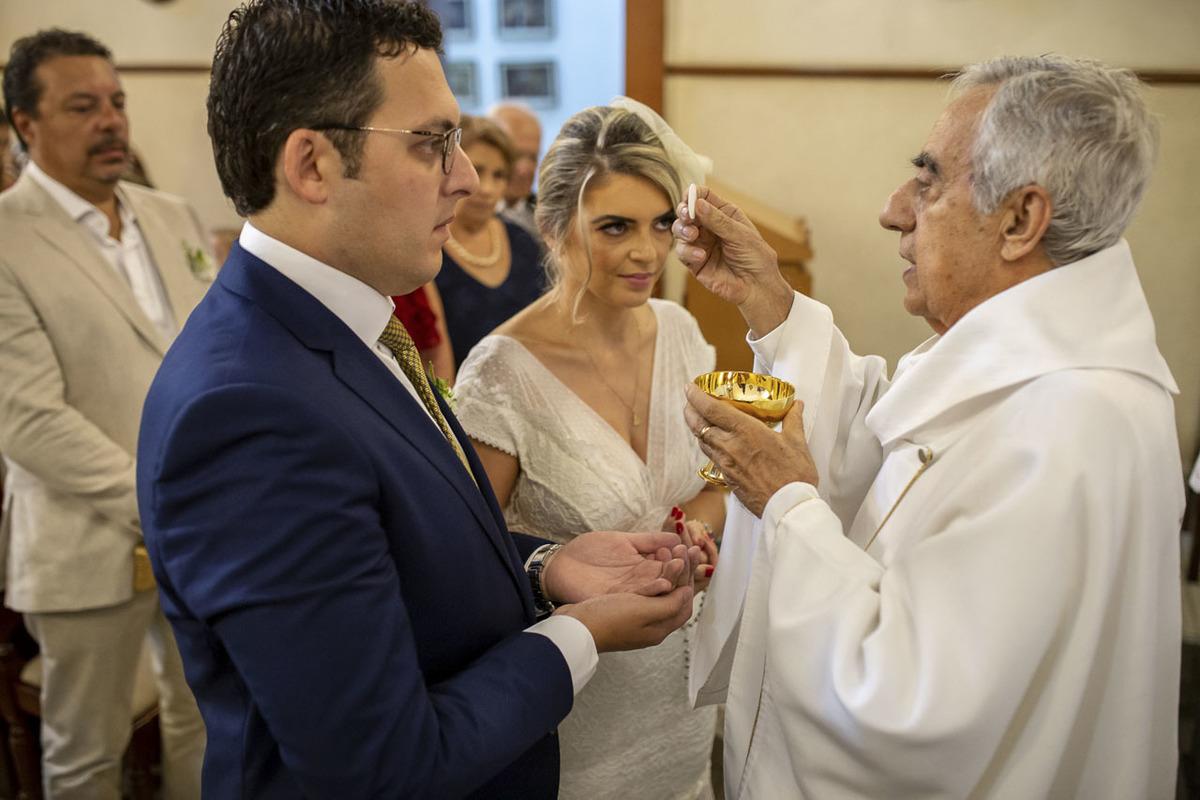 hostia-noivos-capela-santa-cruz-cambui-campinas
