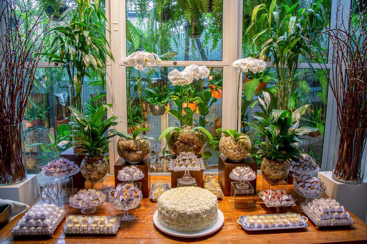 mesa-docinhos-bolo-casamento-Lalouette-Restaurante-Frances