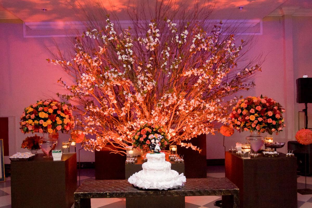 mesa-bolo-casamento-decorada-buffet-yano