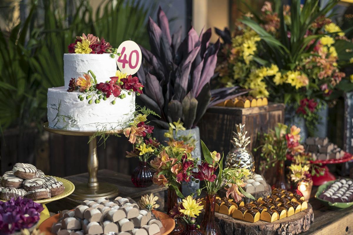 docinhos-aniversario-40anos-maui-poke-restaurante-alphaville