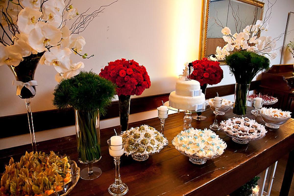 mesa-bolo-casamento-buffet-estacao-jardim