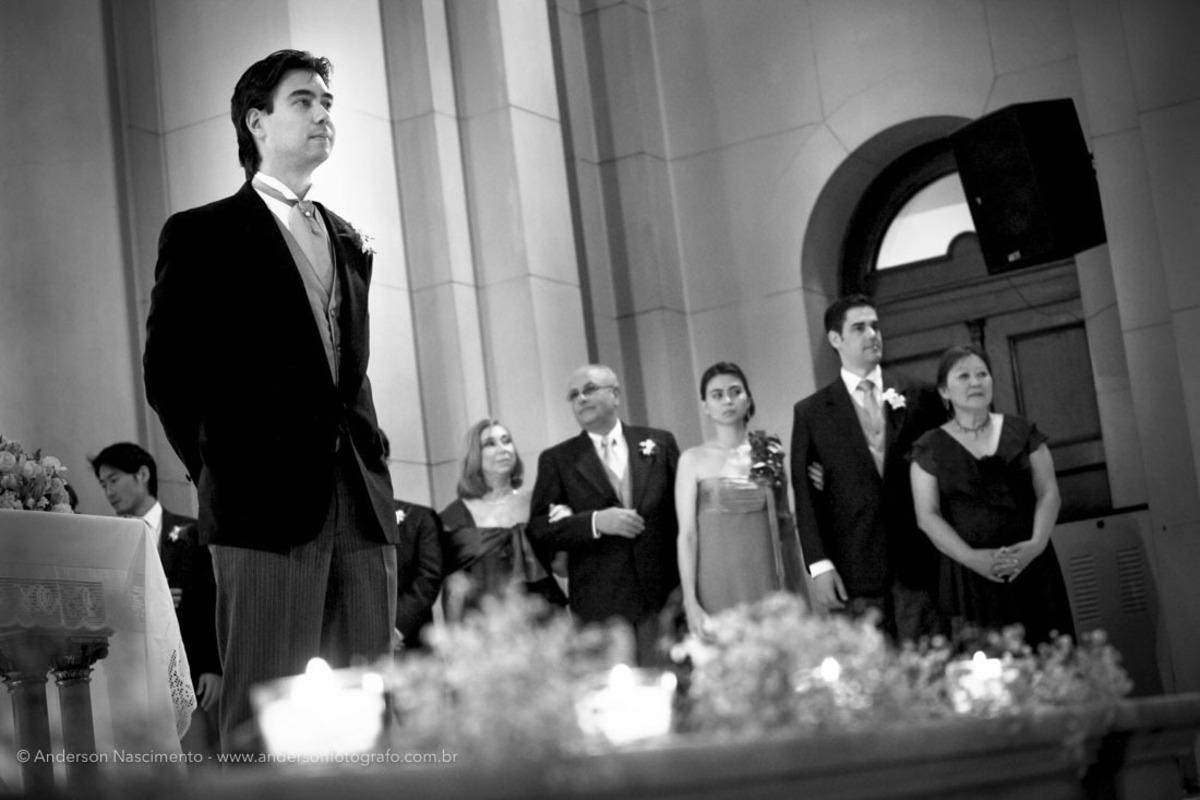 noivo-aguardando-entrada-noiva-casamento-capela-do-sion