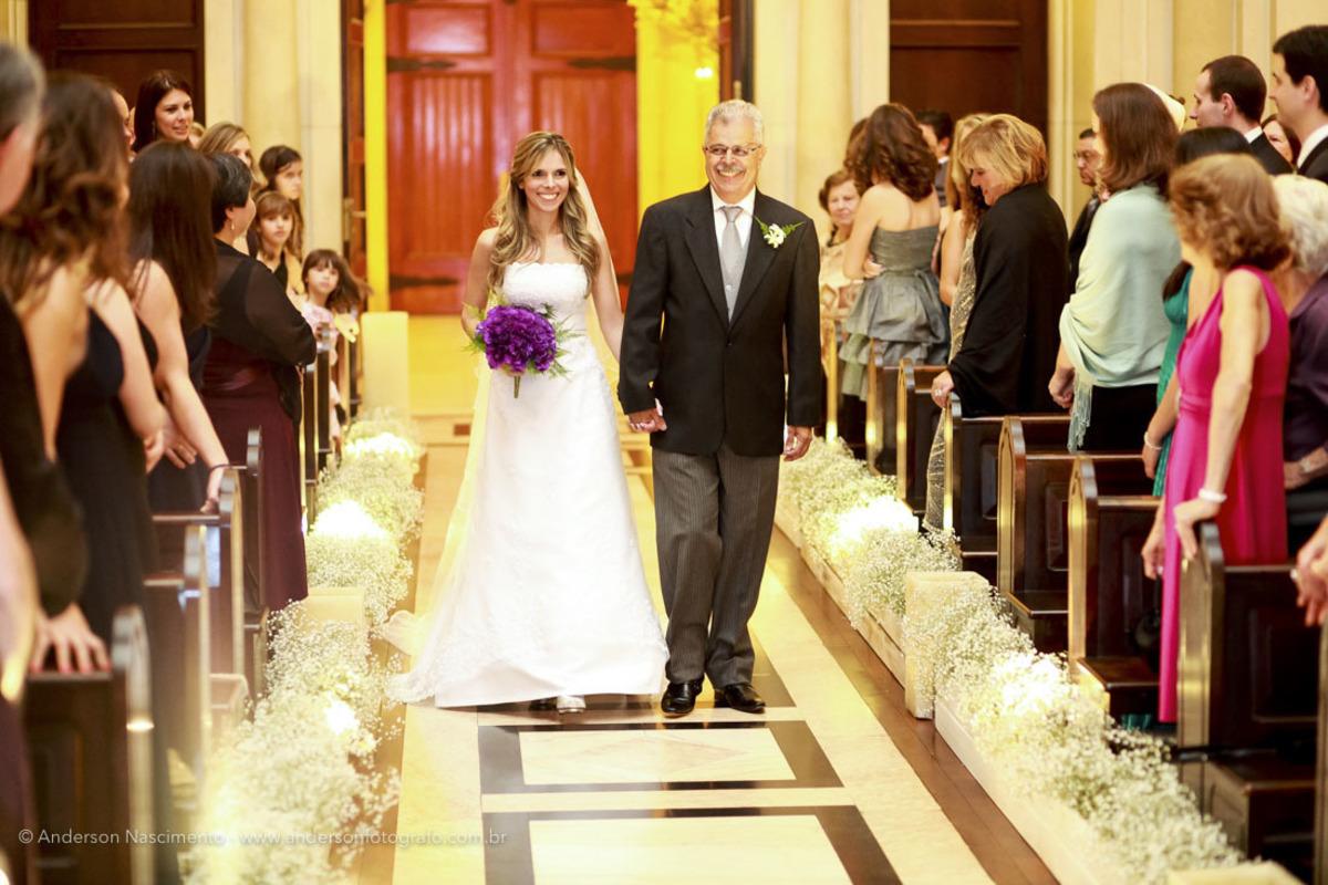 entrada-noiva-com-pai-capela-do-sion