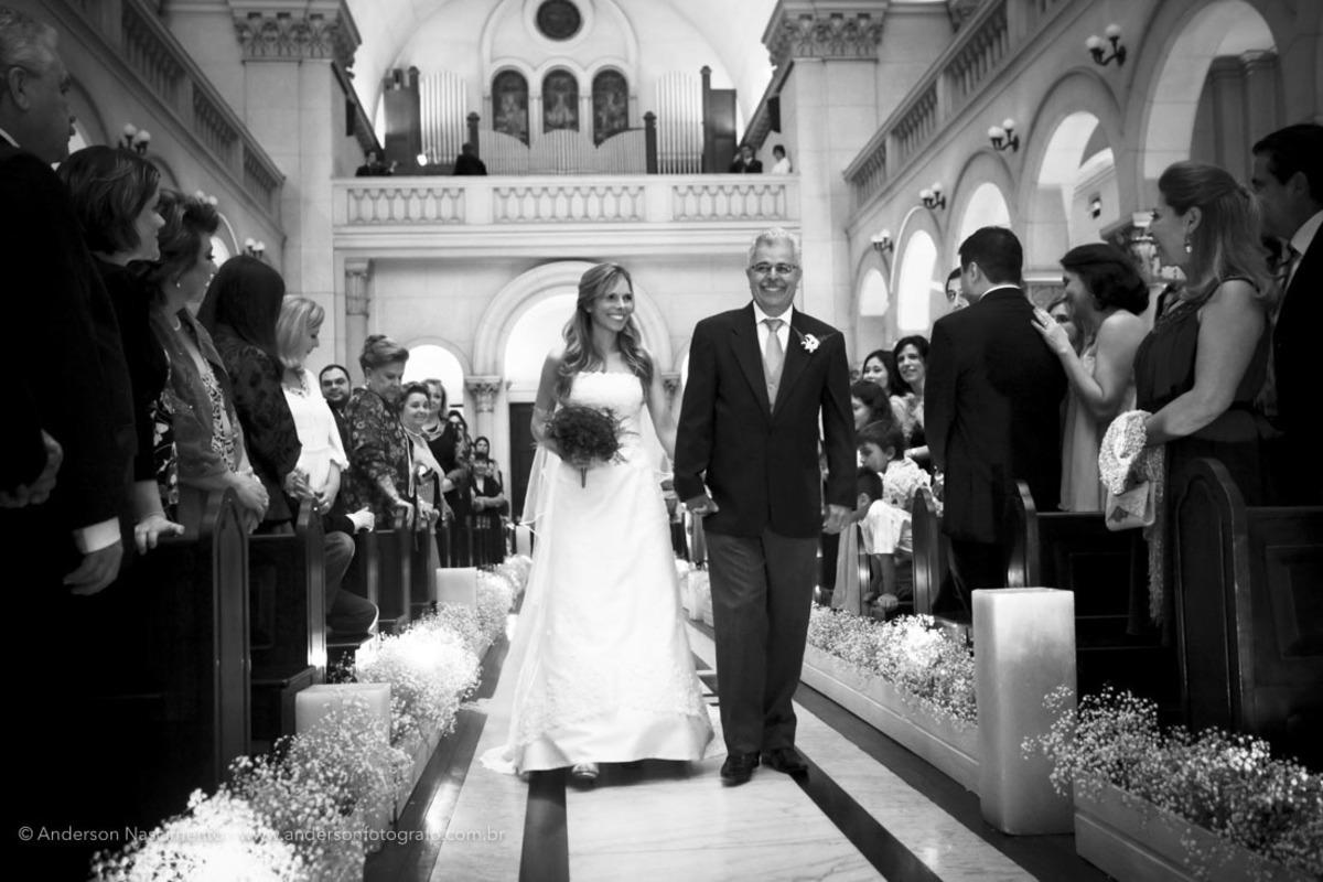 entrada-noiva-pai-capela-do-sion