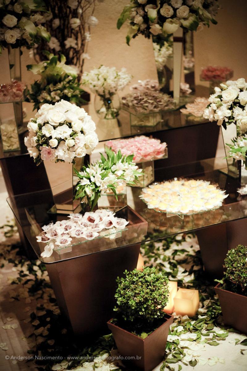 mesa-decorada-bolo-festa-casamento-clube-portugues-perdizes
