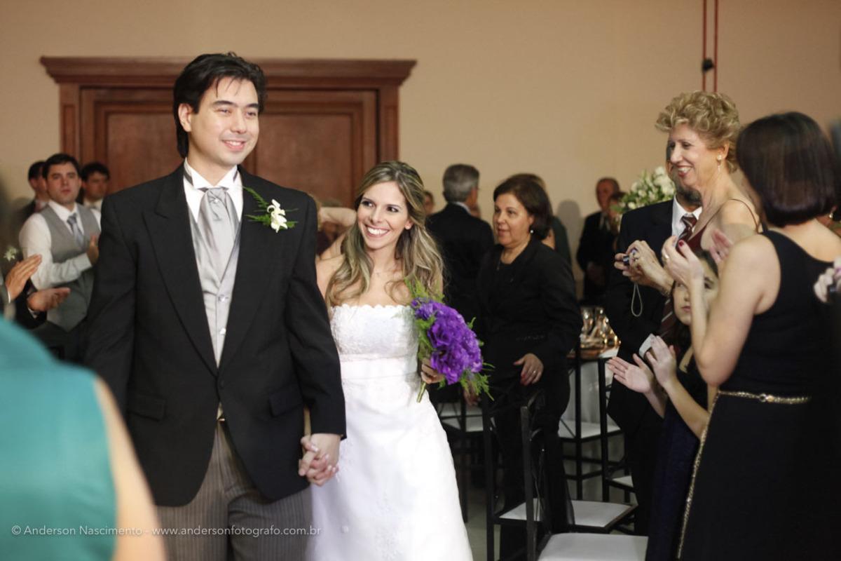 entrada-noivos-festa-casamento-clube-portugues-perdizes