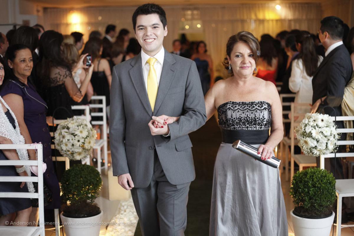 entrada-noivo-casamento-buffet-pinheiros