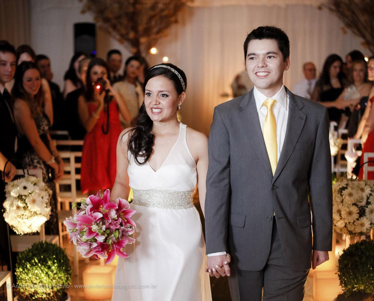 saida-noivos-casamento-pinheiros