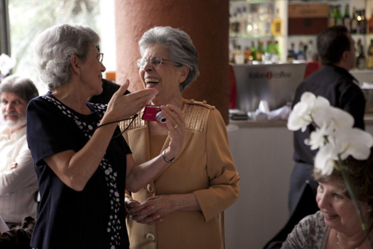 aniversariante-90-anos-sorrindo