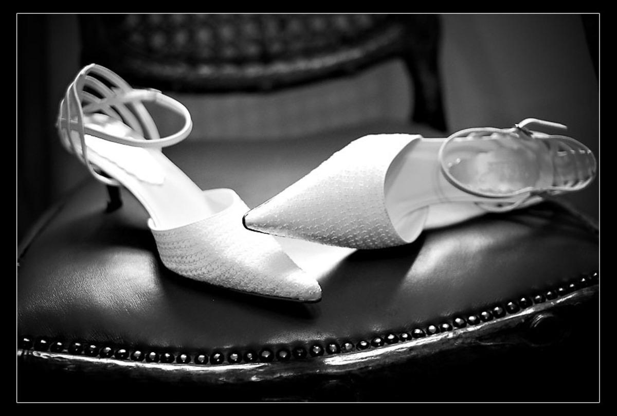 sapato-noiva-na-cadeira-jacques-janine-sbc
