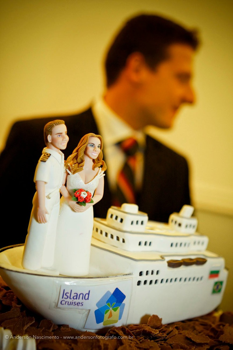 topo-bolo-navio-comandante-espaco-alpes-serrano