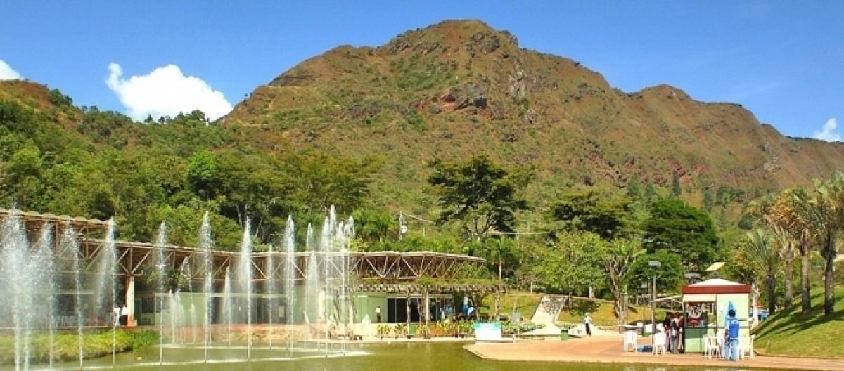 parque das mangabeiras, belo horizonte, local para sessão de fotos, victor ataide, pré casamento