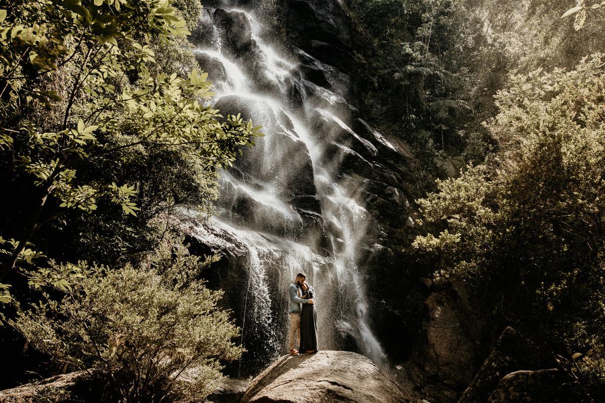 ensaio de casal no parque nacional de itatiaia