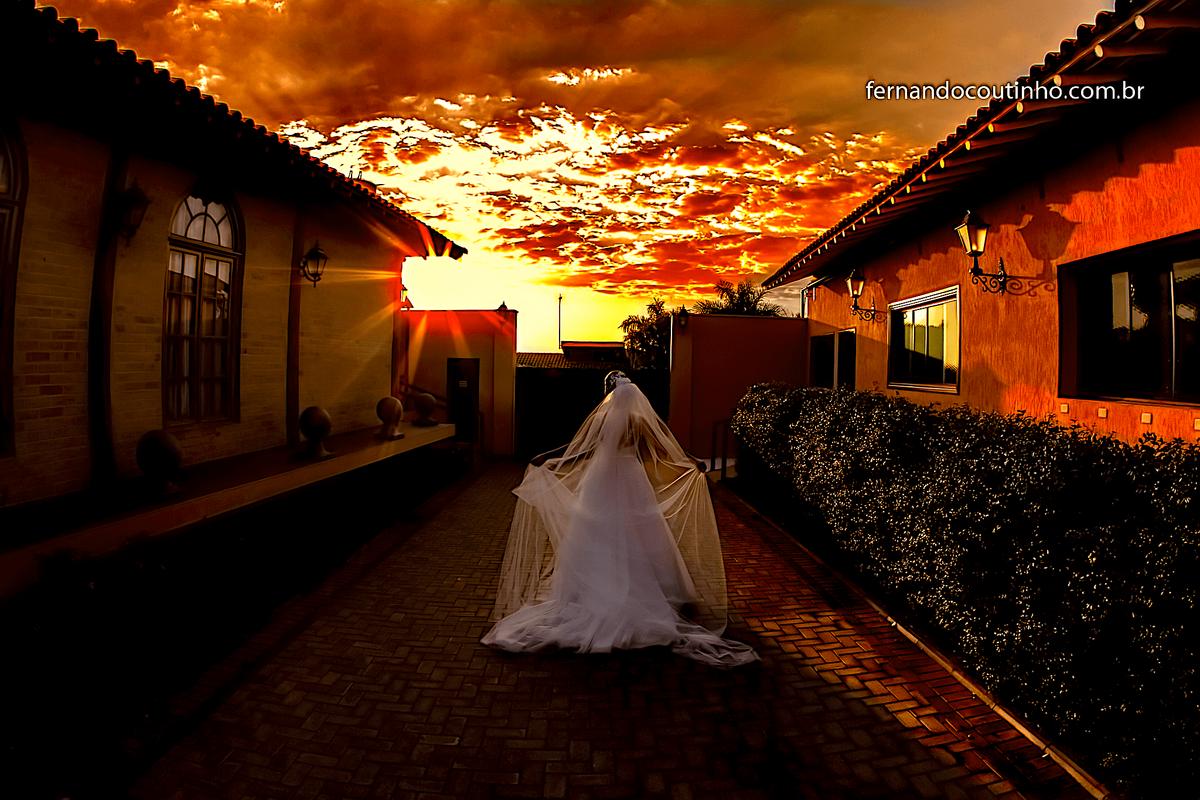 Imagem capa - FOTOGRAFIA DE CASAMENTO EM SUMARÉ  por Fernando Coutinho Fotografia e Cinema